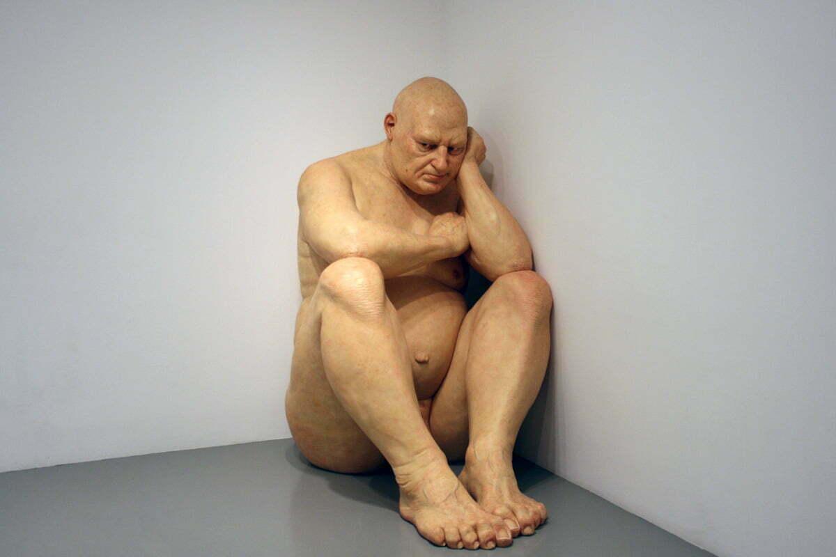 Ron-Mueck's-Big-Man